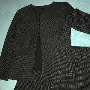 Ann Taylor 6P 2 Piece Blazer/Slacks Set Poly/Blend
